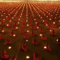 1000 meditating monks!